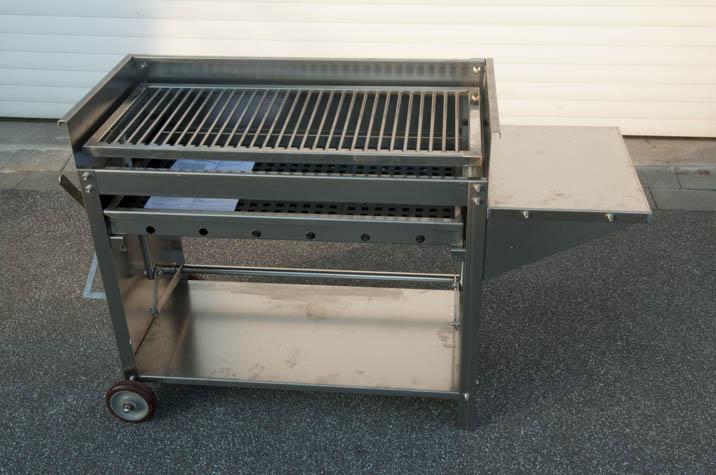 xxl edelstahlgrill grillwagen edelstahl holzkohle grill ebay. Black Bedroom Furniture Sets. Home Design Ideas